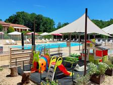 Playground for holiday resort cottages in Dordogne-Lot Gavaudun