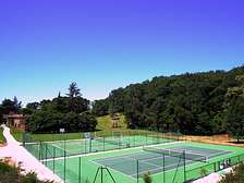 Tennis and multisports for holiday resort cottages in Dordogne-Lot Gavaudun