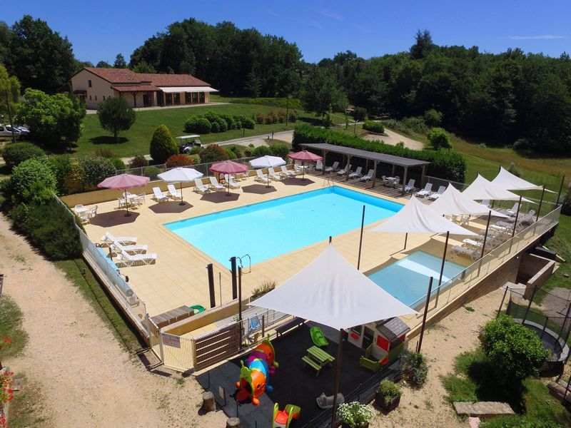 Swimming-pool_holidays_Lot_Garonne_Gavaudun_70