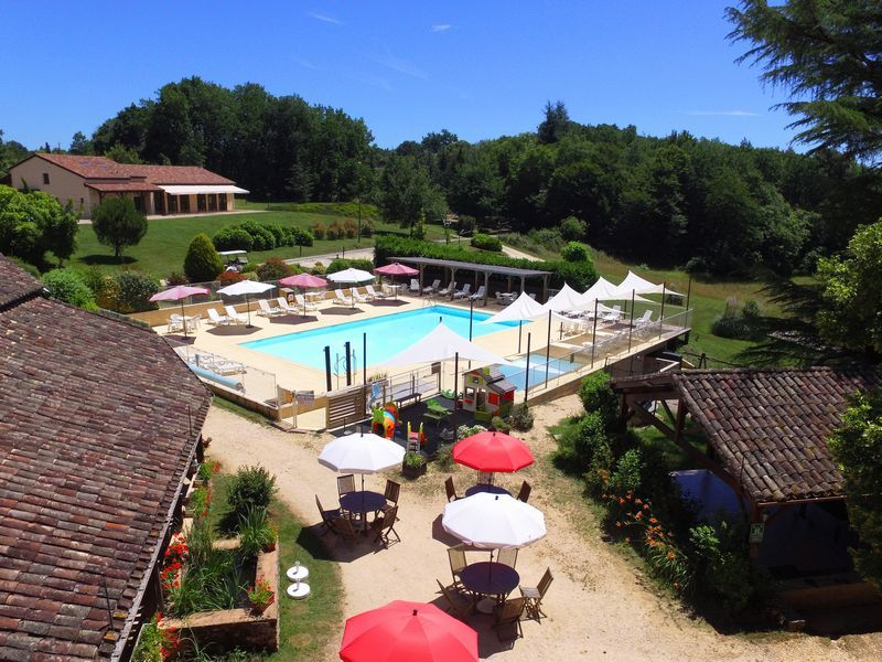 Swimming-pool_holidays_Lot_Garonne_Gavaudun_80